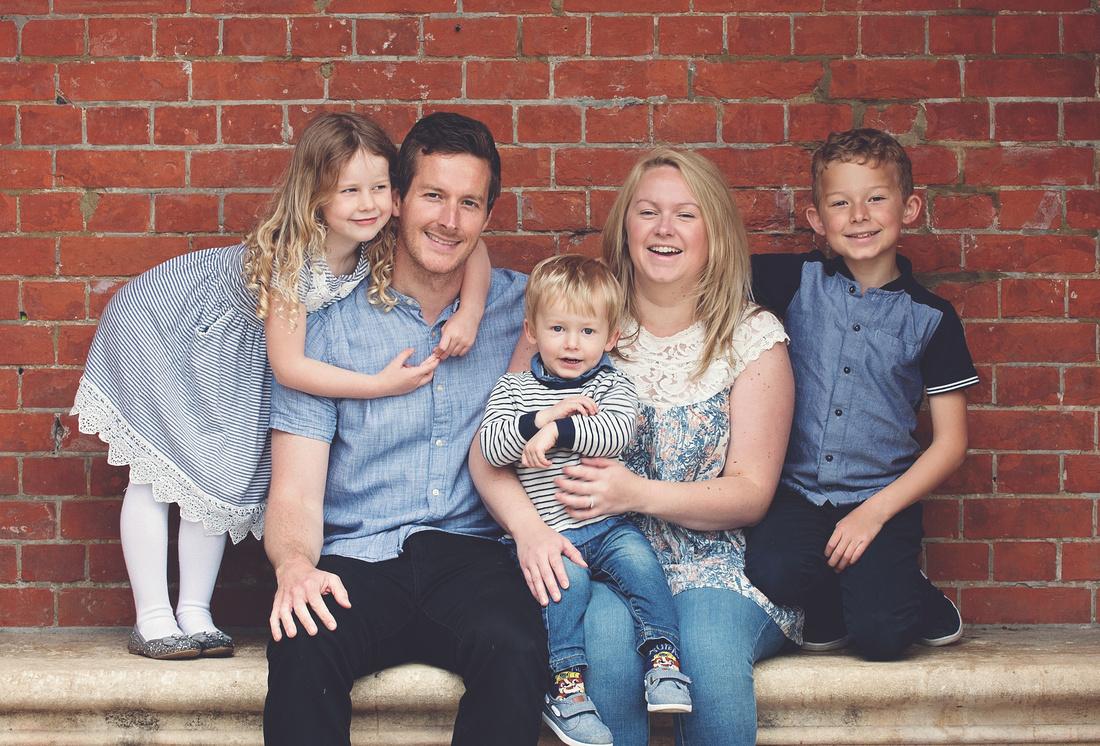 Family photographer berkshire